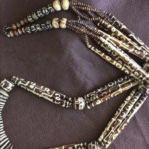 Accessories - Beautiful Tribal necklace multi- shaped beads
